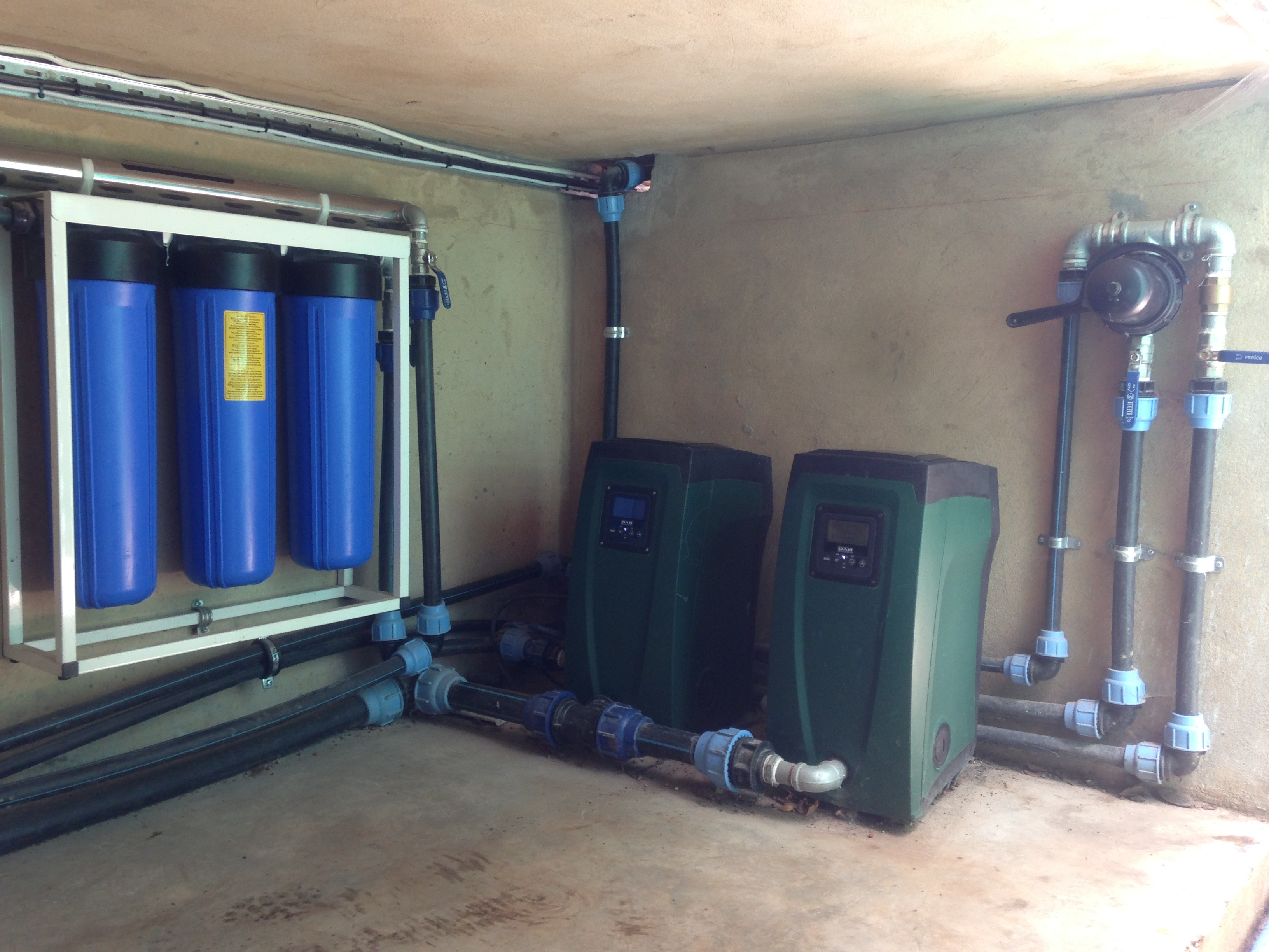 DAB 1.5KW Es Box Twin Booster Pump Set. Triple Stage UV Sterilisation and Filtration System.